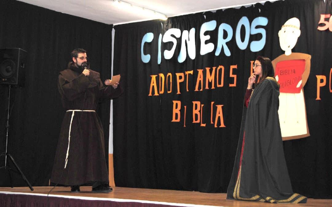 Los profesores representan el diálogo entre el Cardenal Cisneros e Isabel la católica para mandar imprimir la Biblia Políglota Complutense
